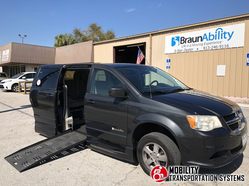 Used 2012 Dodge Grand Caravan Sxt.  ConversionBraunAbility Dodge Entervan XT